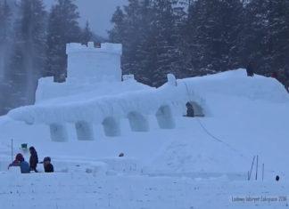 snehovy labirynt