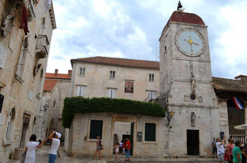 Hodinová veža Trogir
