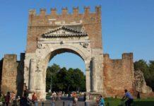 Rimini augustov oblúk